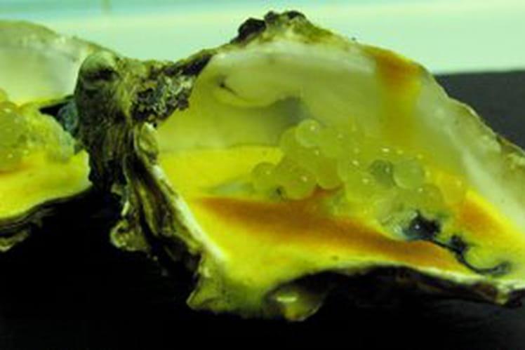 Huîtres au sabayon vanille, caviar de fenouil