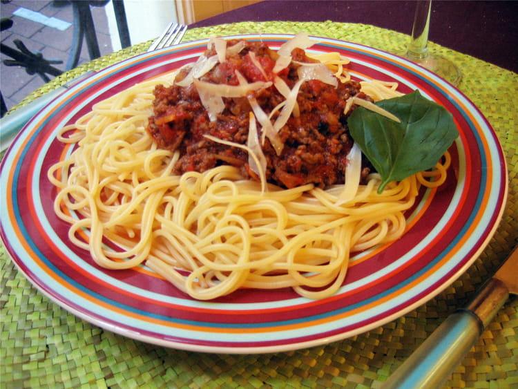 Combien spaghetti pour 8 personnes
