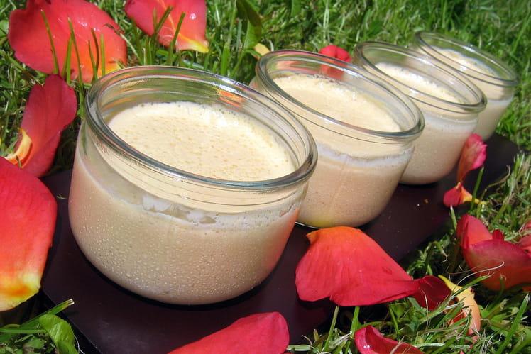 Petites crèmes à la confiture de lait