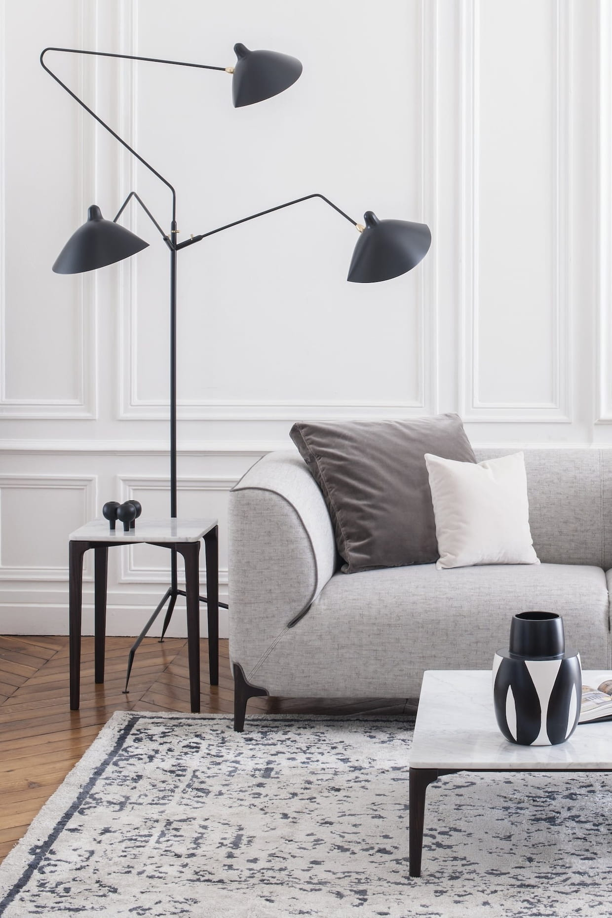 bout de canap montaigne chez burov. Black Bedroom Furniture Sets. Home Design Ideas