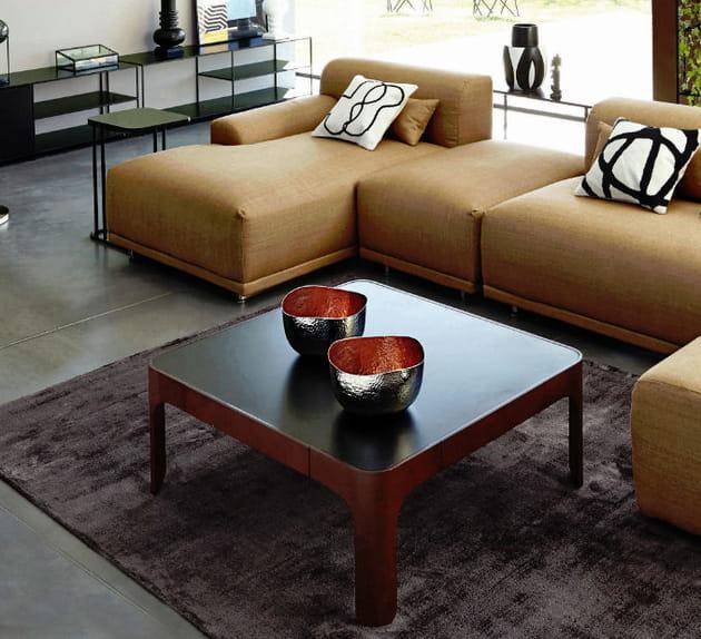 coupelle en m tal martel. Black Bedroom Furniture Sets. Home Design Ideas