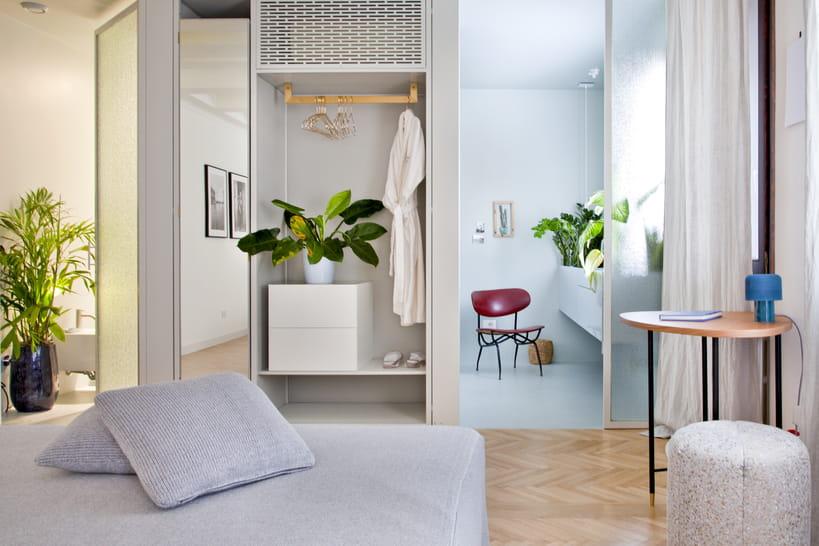 Chambre et salle de bain ouverte