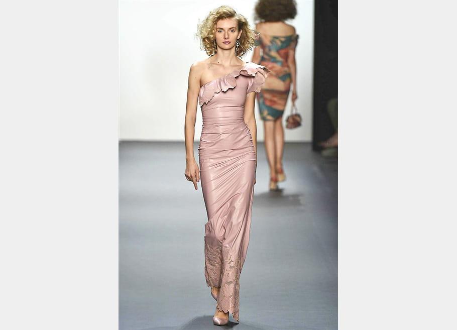 Chiara Boni La Petite Robe - passage 24