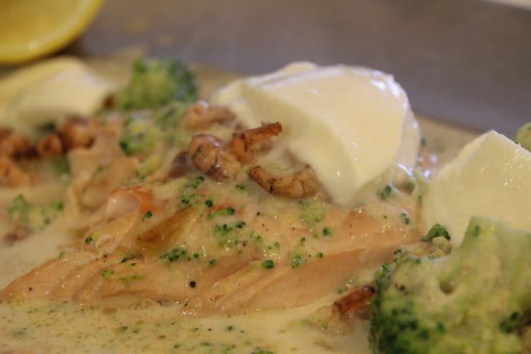 Pavé de saumon aux crevettes grises et mozzarella