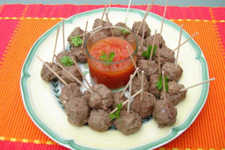 Boulettes de viande épicées, sauce tomate pimentée