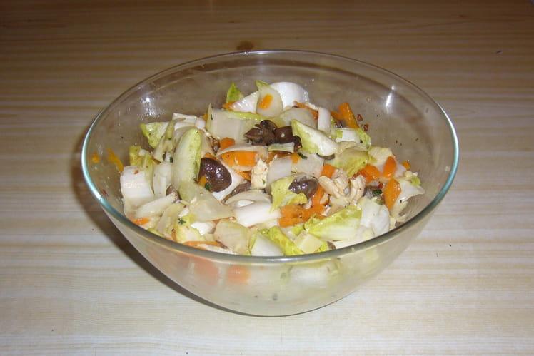 Salade d'endives aux carottes, champignons et Comté