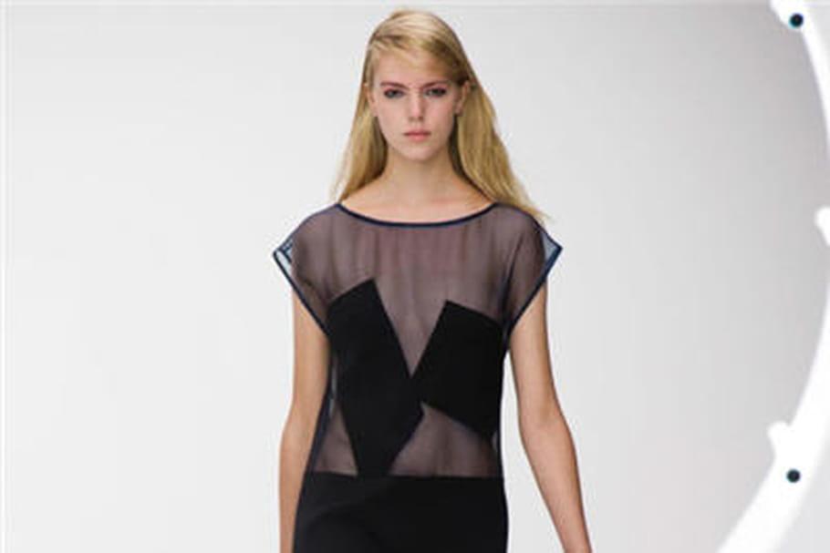 Fashion week: défilé de transparence en noir et blanc chez Unique by Topshop