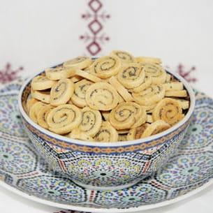 petits biscuits à la moutarde et au pavot