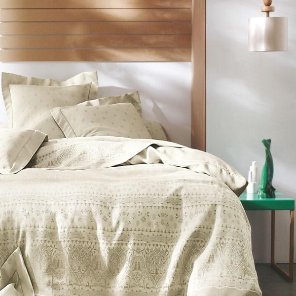 parure de lit marmottes de blanc des vosges. Black Bedroom Furniture Sets. Home Design Ideas