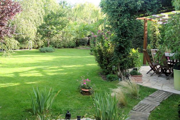 Une belle pelouse for Amenager sa pelouse