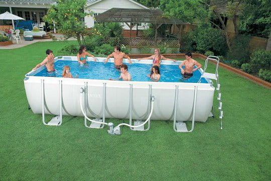 une tr s grande piscine montable et d montable facilement. Black Bedroom Furniture Sets. Home Design Ideas