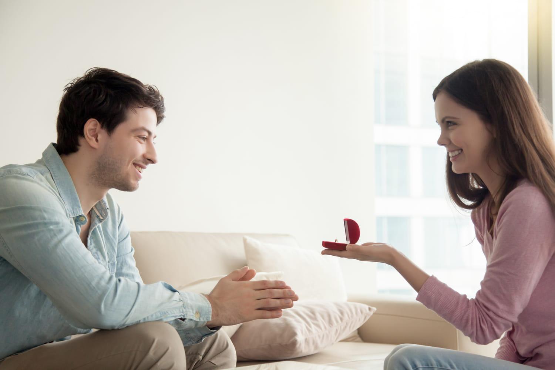 Demande en mariage: quand les femmes franchissent le pas