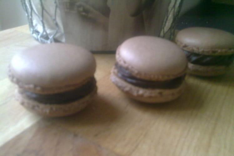 Macarons au chocolat économiques
