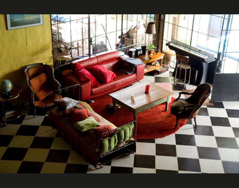 Un salon cosy et vibrant