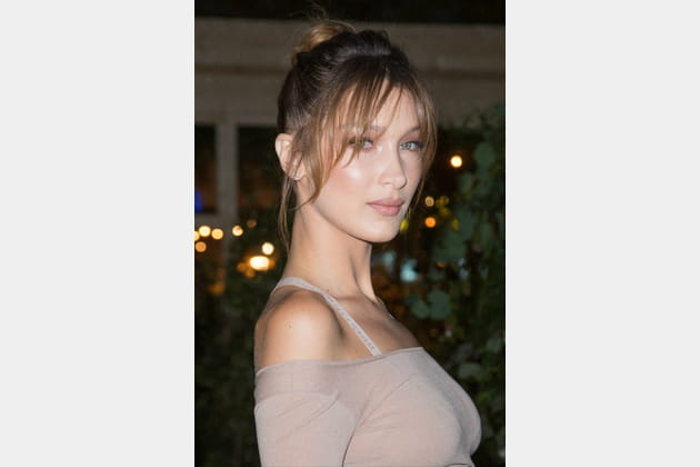 Le make-up nude de Bella Hadid