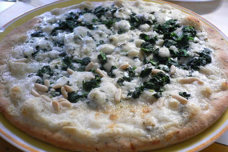 Pizza blanche épinards-gorgonzola