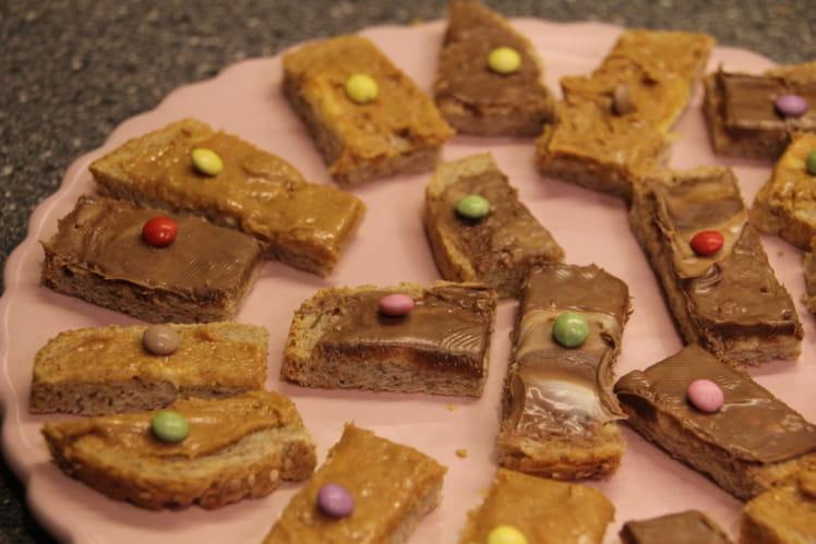 Toasts pour les petits au choco et beurre de cacahuètes