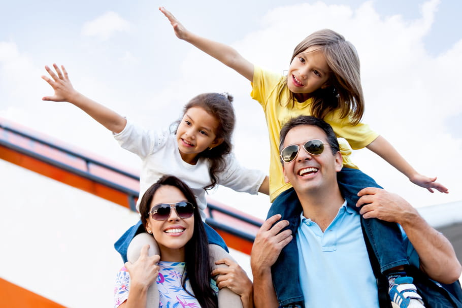 Voyager en avion avec des enfants : nos astuces