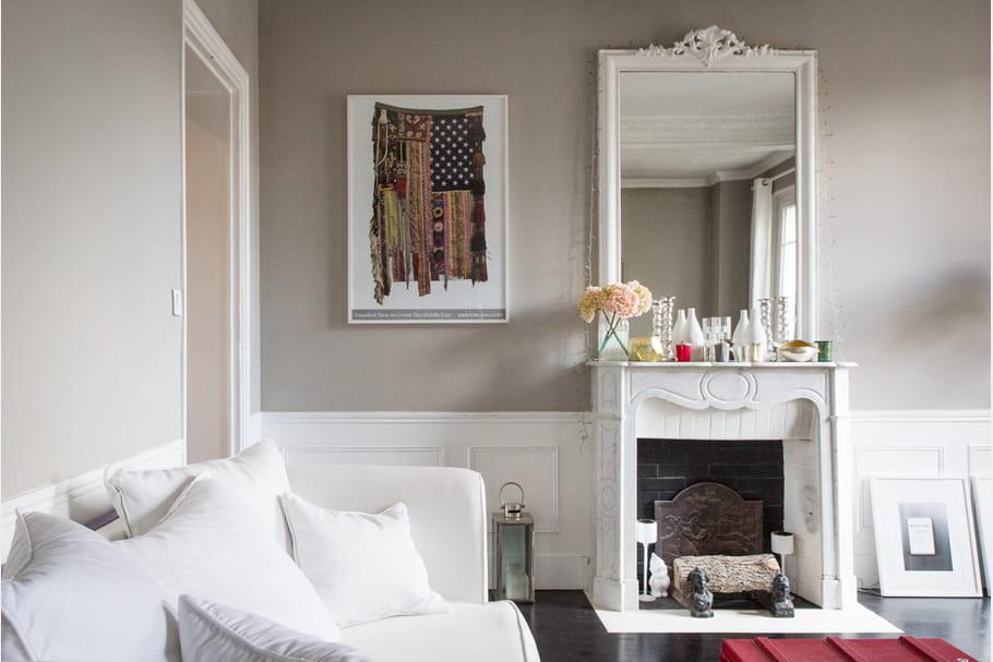 apr s un joli coin chemin e. Black Bedroom Furniture Sets. Home Design Ideas