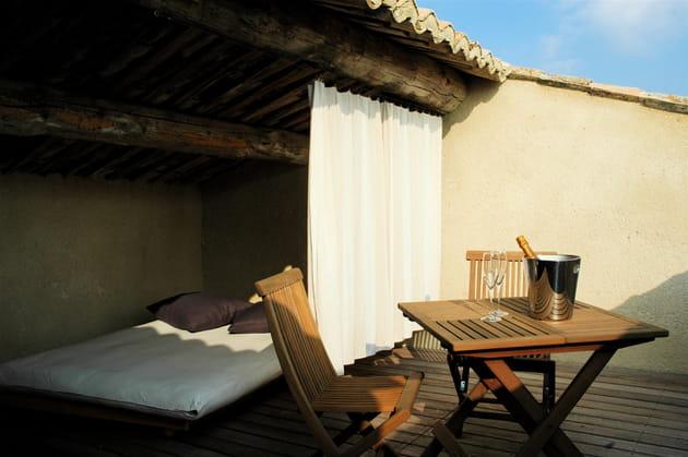 Dormir à la belle étoile sur la terrasse