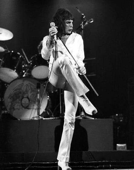 Freddie, équilibriste