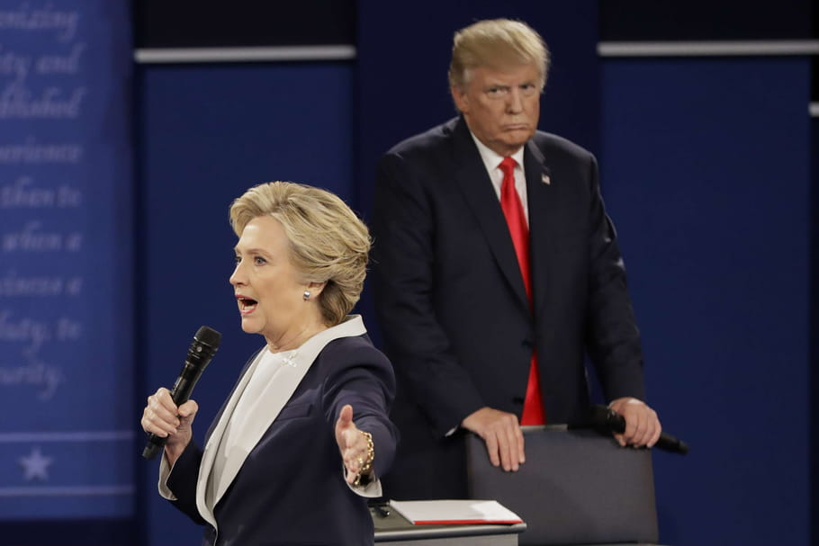 Hillary Clinton vs. Donald Trump : débat présidentiel entre tension et misogynie