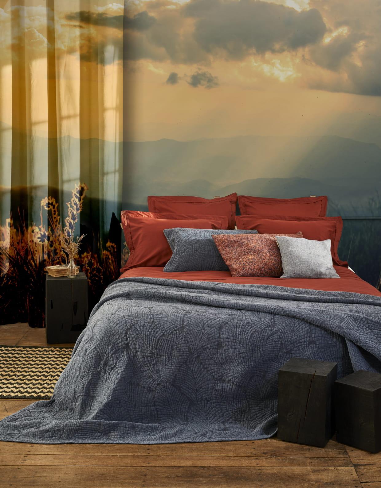 housse de couette aurore et couvre lit latania de madura. Black Bedroom Furniture Sets. Home Design Ideas