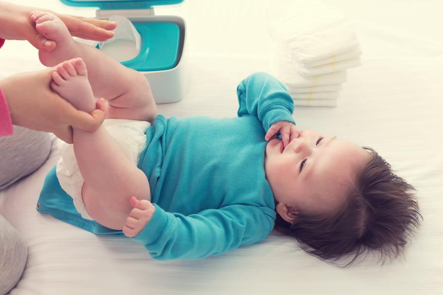 Certaines lingettes pour bébés déconseillées avant 3ans!