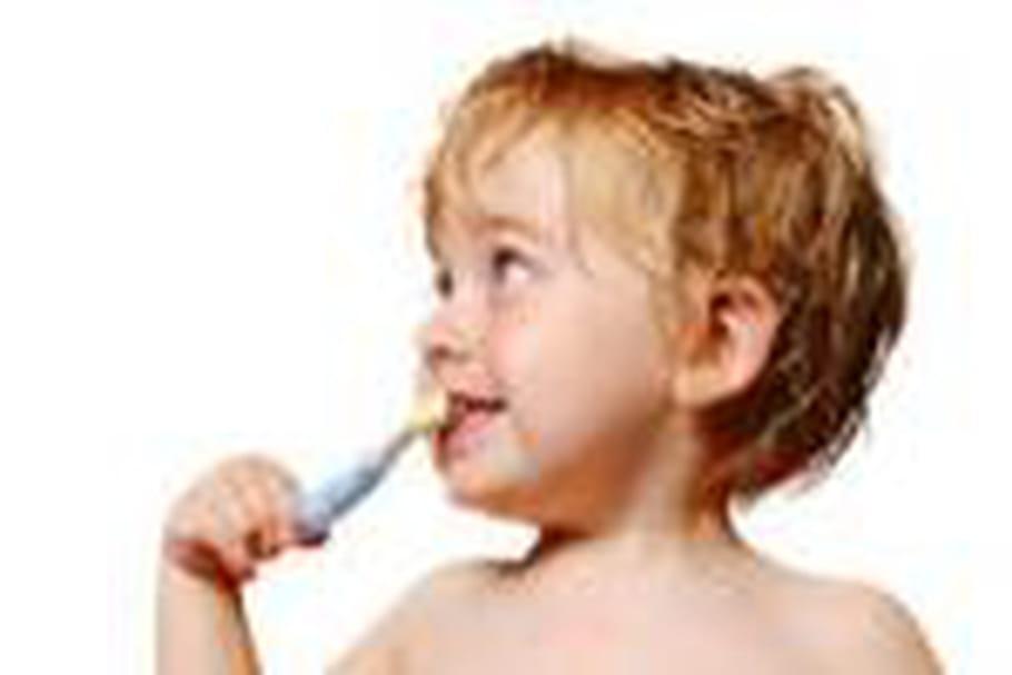 Les petits Français fâchés avec la brosse à dents