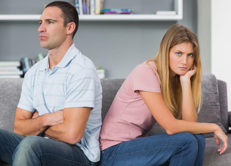 Crise de la quarantaine: c'est quoi, symptômes femme, homme, durée