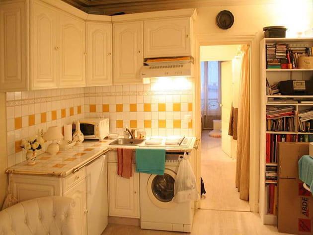 Avant : une cuisine peu pratique et mal équipée