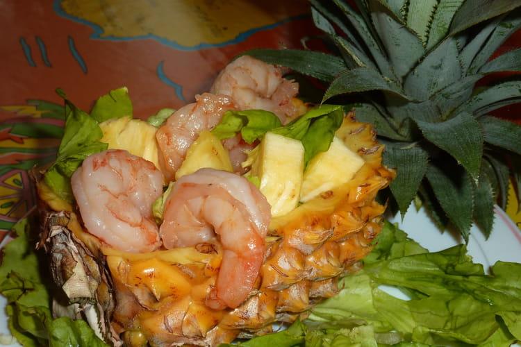 Salade d'ananas aux crevettes