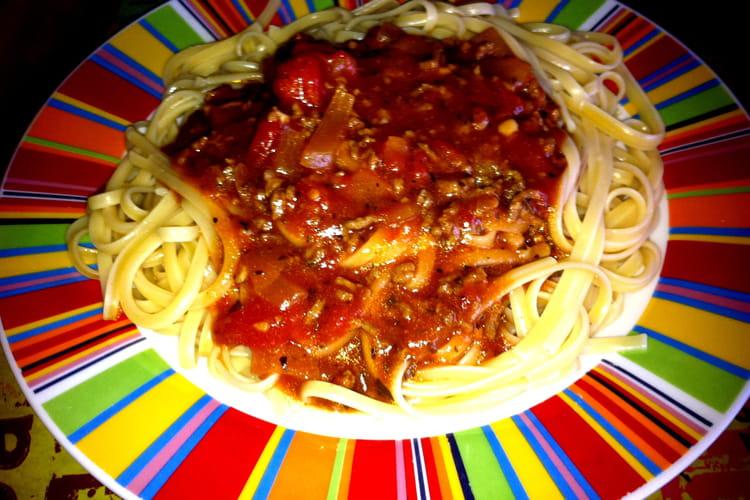 Sauce Bolognaise onctueuse et facile