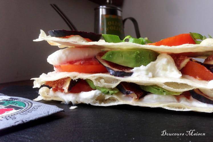 Mille-feuilles tomate mozzarella au pain à pizza