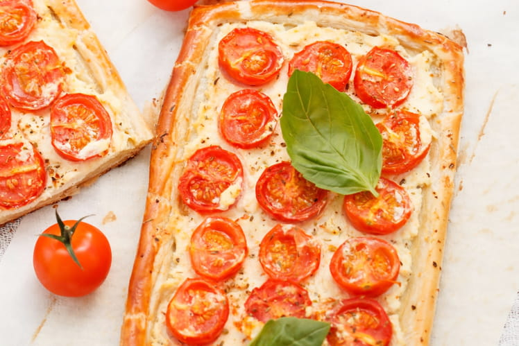 Tartelettes fines à la tomate cerise