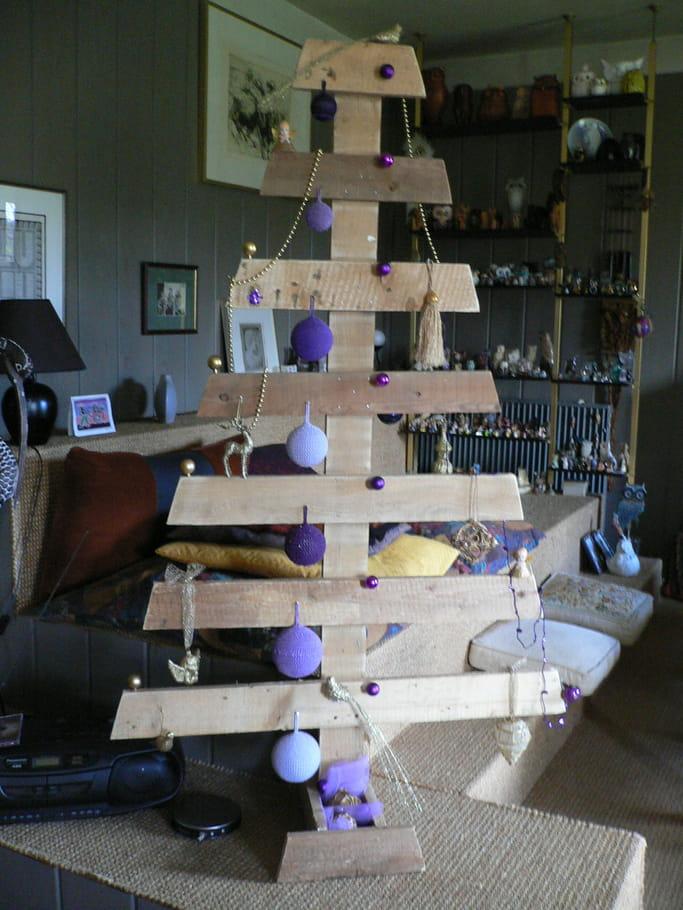 Sapin de no l original en palette 1 palette en bois 10 - Sapin de noel en bois de palette ...