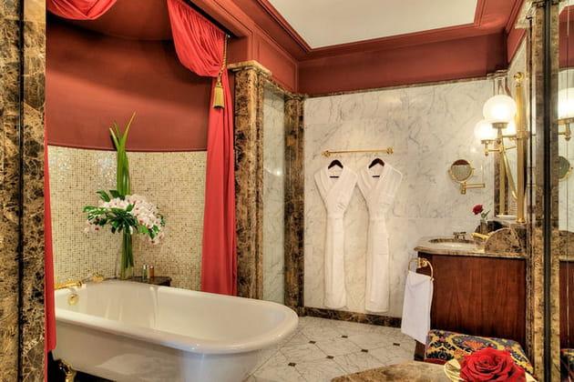 Salle de bains précieuse