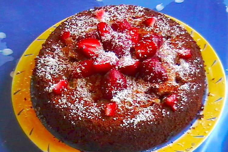 Gâteau aux fraises à la noix de coco