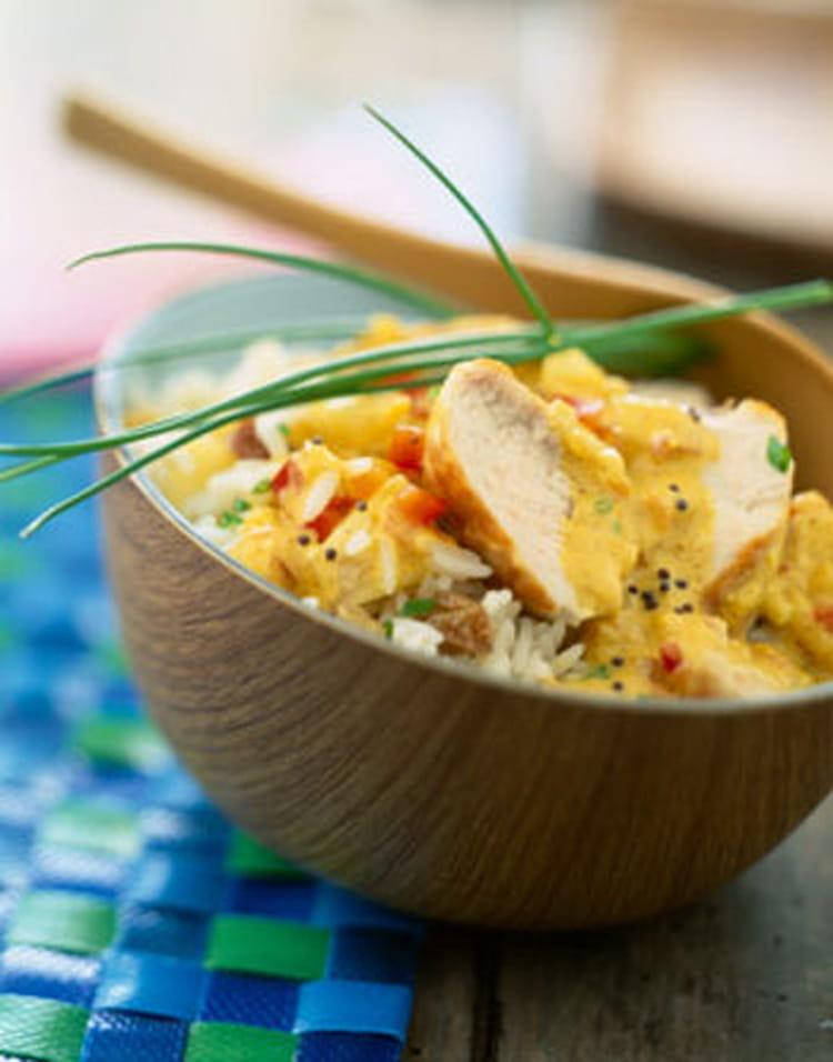 recette de curry de poulet au lait de coco et riz basmati la recette facile. Black Bedroom Furniture Sets. Home Design Ideas