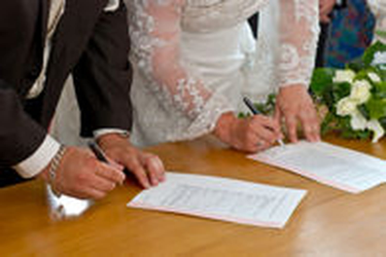 Des mariages en CDD à Mexico