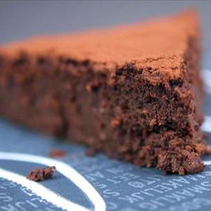 fondant au chocolat, pois chiche et datte