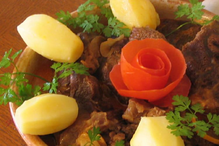 Goulasch à la hongroise