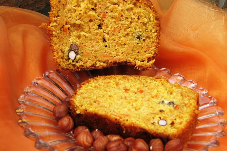 Gâteau aux carottes et aux noisettes