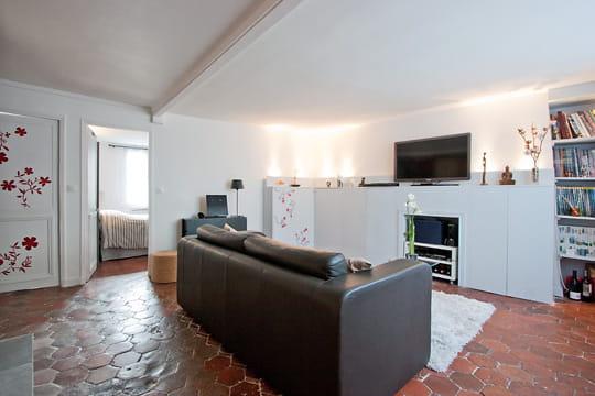 Appartement XVIIIe modernisé par MyHomeDesign : éclairage