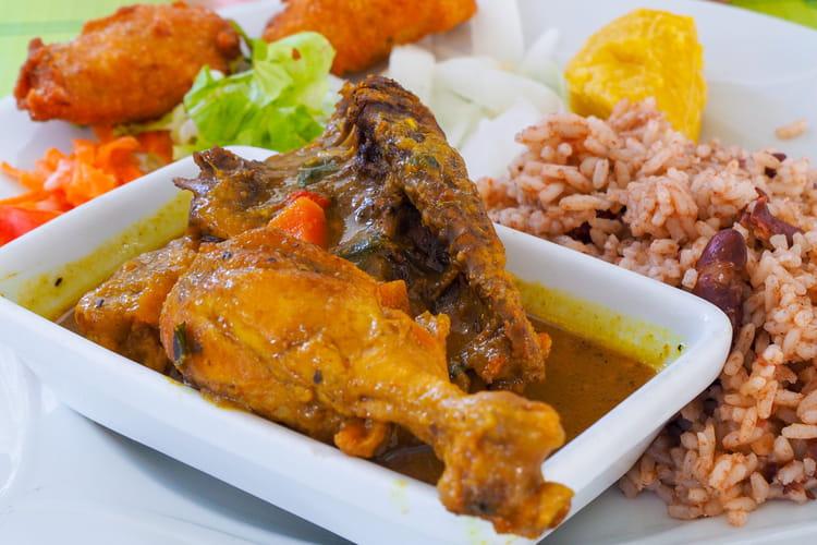 Colombo de poulet traditionnel