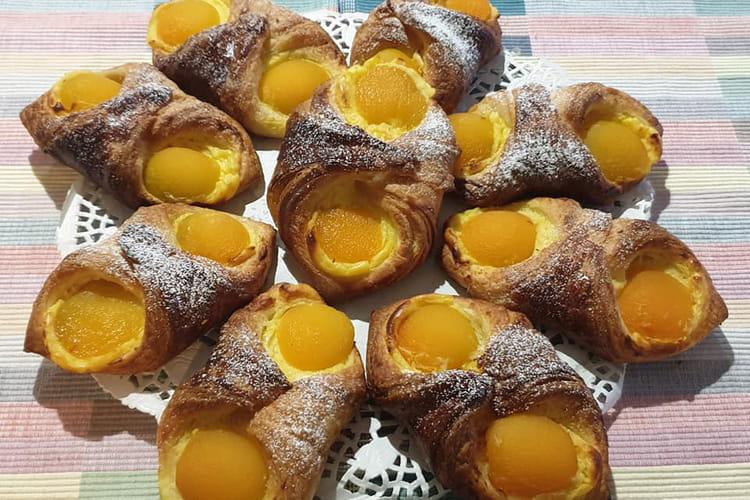 Oranais à l'abricot et sucre glace