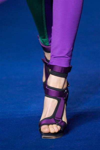 Versace (Close Up) - photo 2