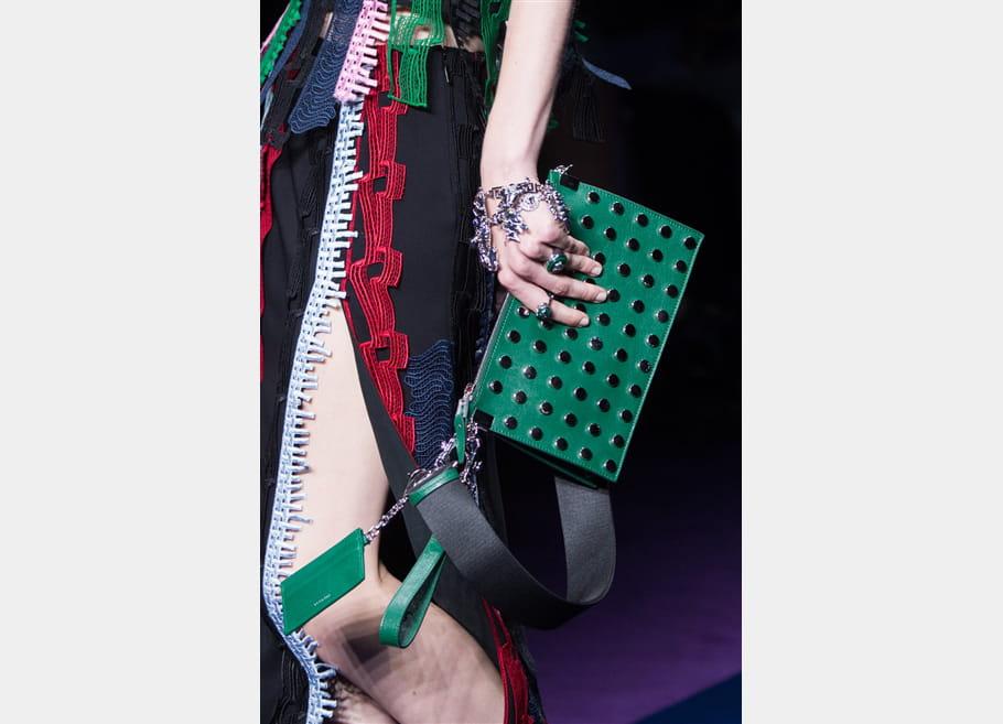 Versace (Close Up) - photo 62