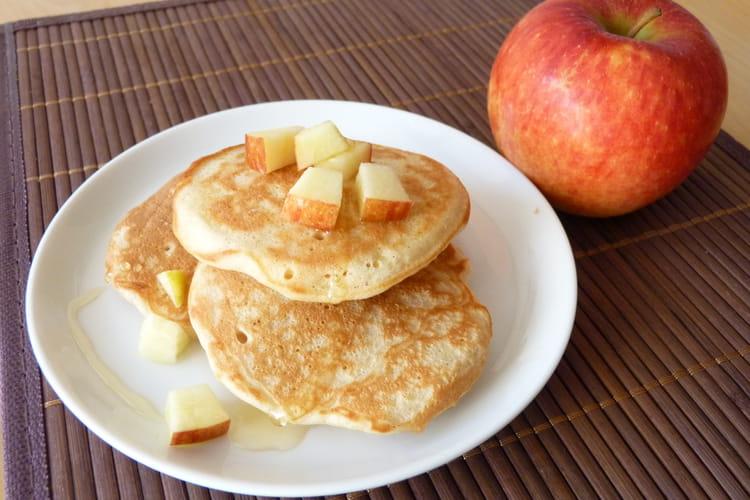 Pancakes à la pomme Antarès® et coulis d'agave