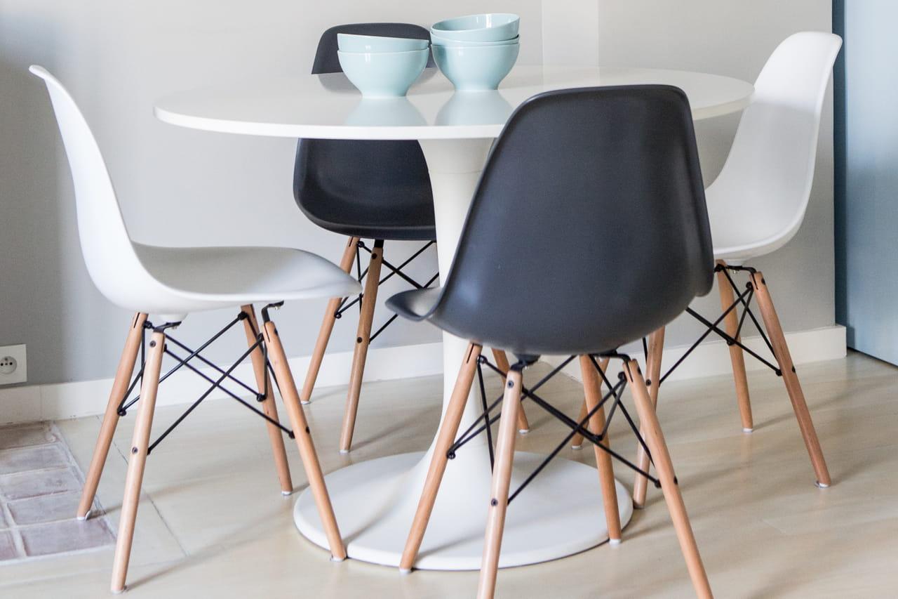 1 chaise Eames, 10 possibilités